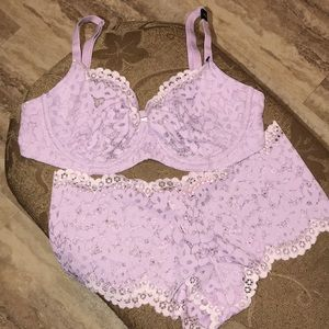 Victoria secret panty and bra set